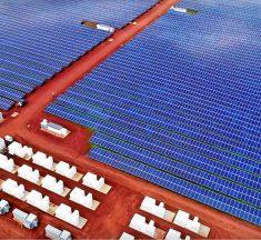 Tesla สร้างโรงไฟฟ้าพลังงานแสงอาทิตย์บนเกาะฮาวาย